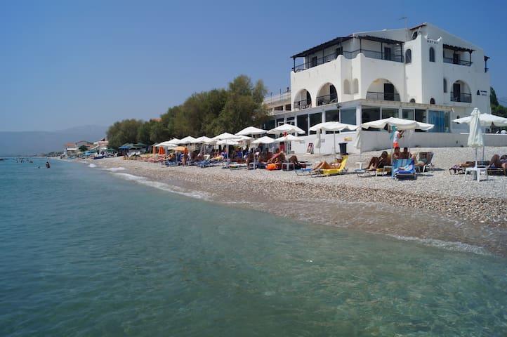 Lovely Hotel Room in Potokaki Samos With Sea View - Potokaki - Rumah Tamu