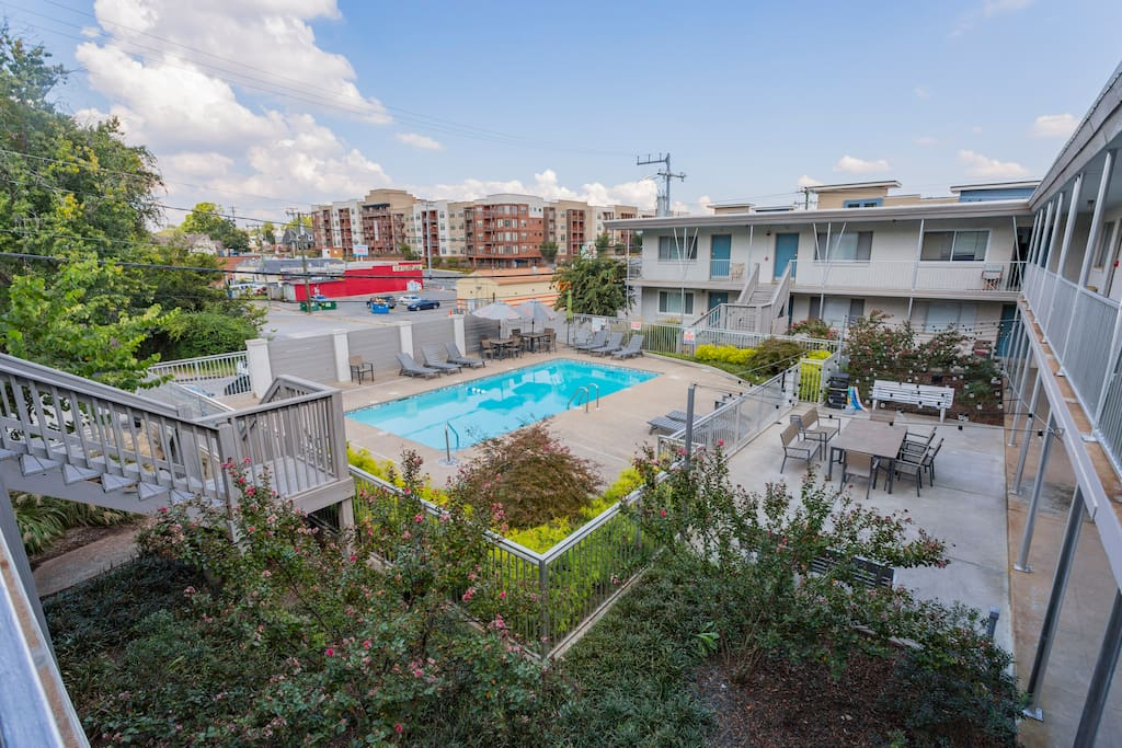 At Studio I Lofts, you'll not only have have access to your own studio but also the community pool and outdoor patio area in summer (from Memorial Day through Labor Day).   Permit #2016042291
