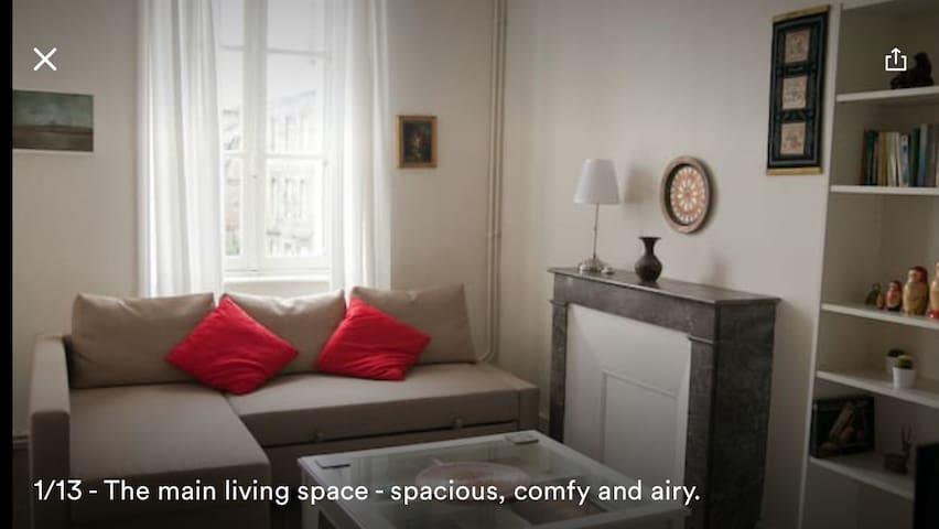 Studio de charme au pied du Château plein centre