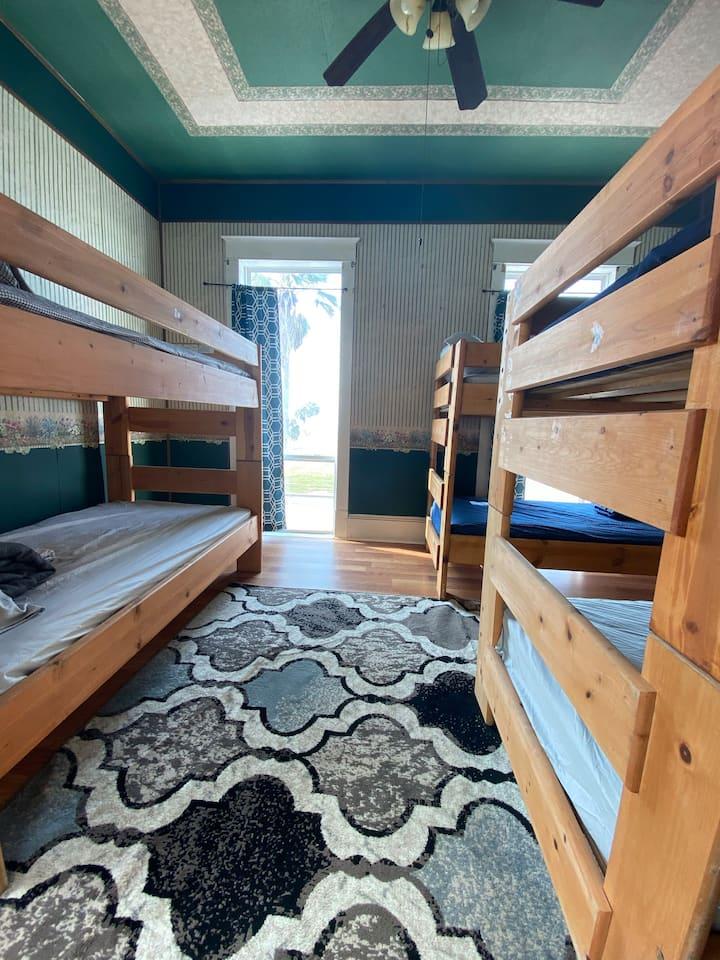 Ocean House Hostel with Ocean View Bed 7