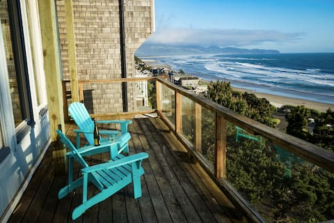 The Hideaway at the Oceanside A-frame (unit B)