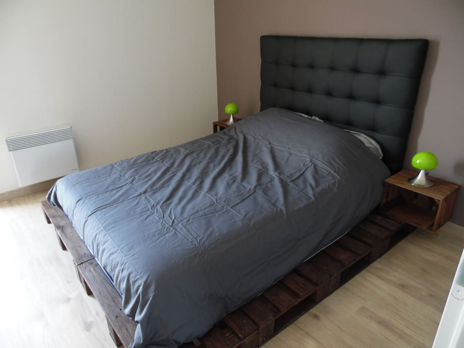 Un beau lit confortable vous fera passer une belle nuit