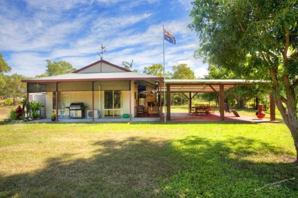 ranjo 39 s retreat h user zur miete in agnes water queensland australien. Black Bedroom Furniture Sets. Home Design Ideas