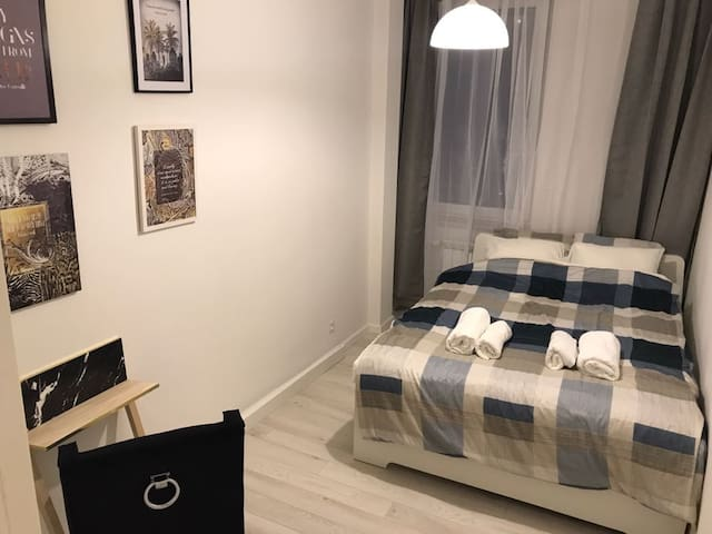 Apartment near the Metro and Historical Old Town
