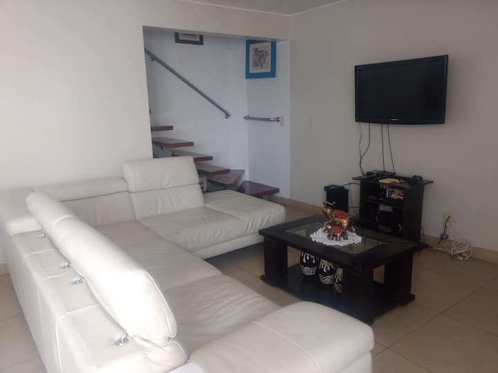 Duplex 120m2 ; Modern Apartment Jesús Maria, Lima