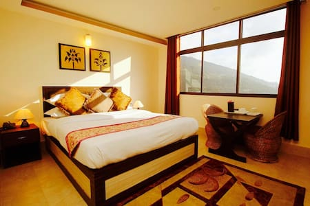 Valley Vista Resort- Deluxe room with view - Gangtok - Boetiekhotel