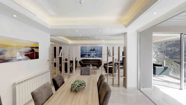 Beautifull 4 bedroom flat with amazing view