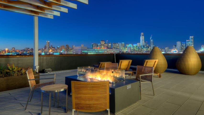 NEW Cozy Bedroom (5 star amenities) DISCOUNT 15%