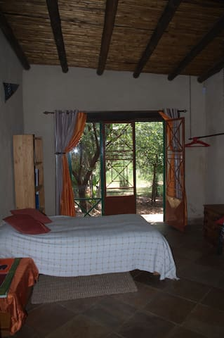 Bushveld House near Pretoria - Pretoria - House