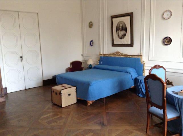 B&B Le Chateau de Frasne - Suite 1 - Frasne-le-Château - Castelo