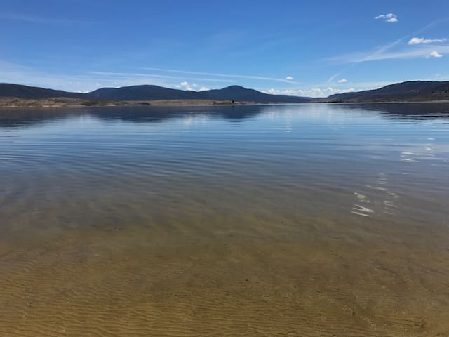 Lakefront@Tyrolean - East Jindabyne - Daire