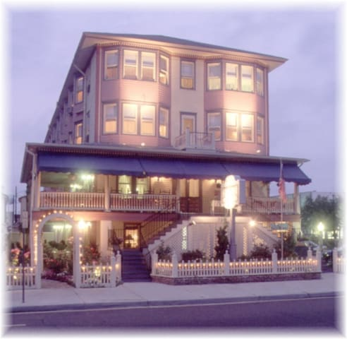 Scarborough Inn B & B - Ocean City - Bed & Breakfast