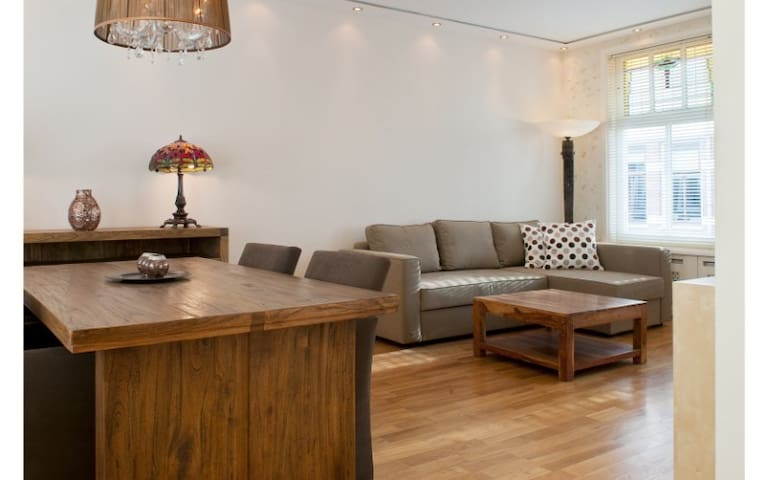 2-floor apartment in vibrant district available for a minimum of 7+ nights