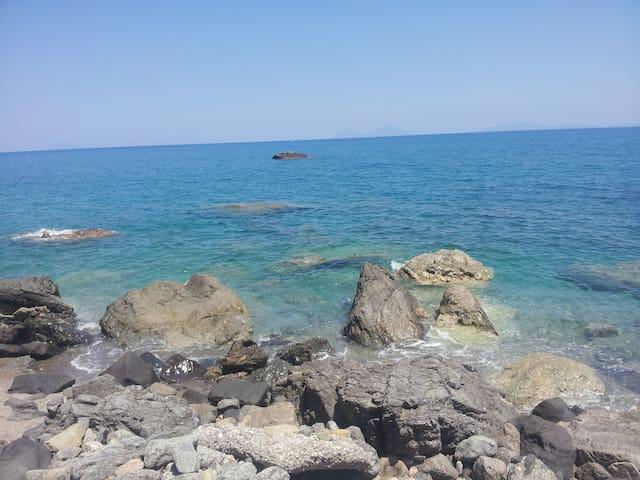 Acasaducasteddu - La stanza del mare - Galati Mamertino - Casa