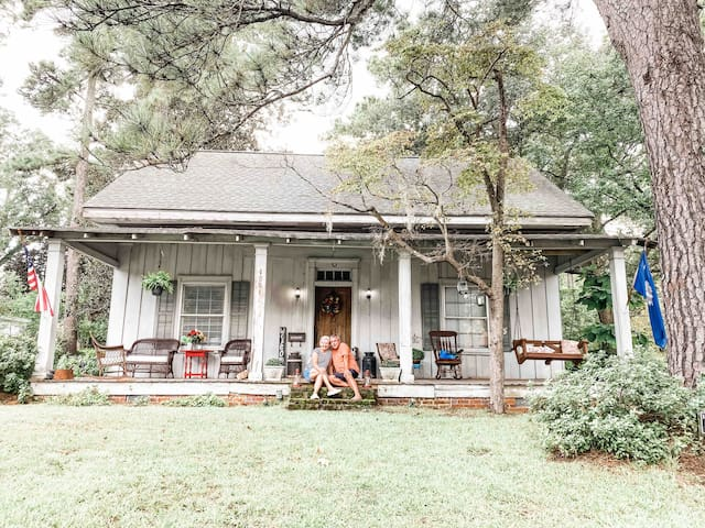Step Back into Simpler Times-Historical Home