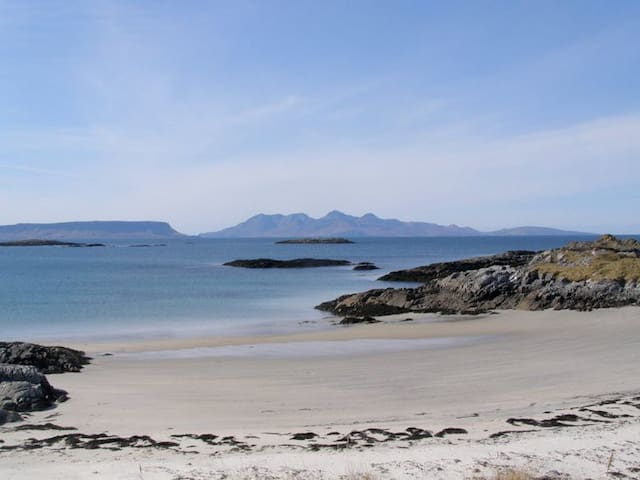 Raasay Cottage Morar - Glenancross - Dom