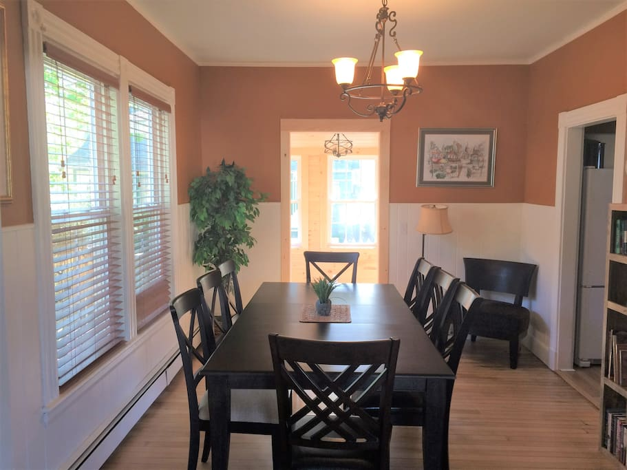 Share a meal with your friends and family - large dining room comfortably seats 8.