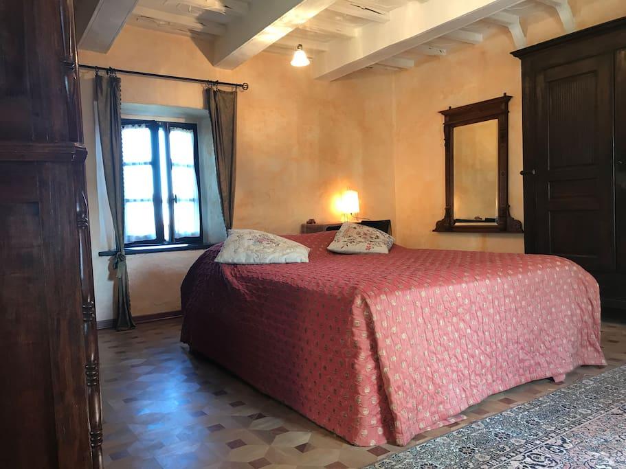 luxury historical mansion on monferrato hills cottages louer bruno piemonte italie. Black Bedroom Furniture Sets. Home Design Ideas