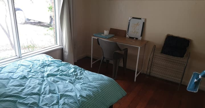 Private Room in 648 warrigal road