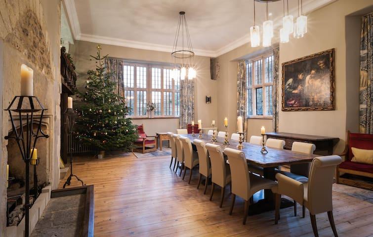 Luxury Manor House Devon sleeps 14