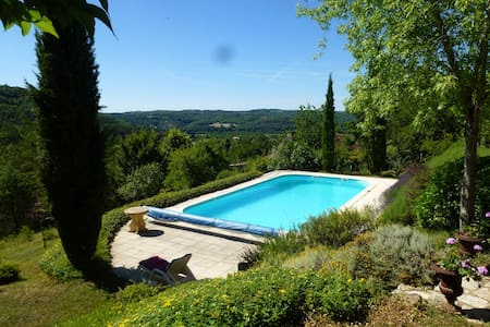 Idyllic house, amazing view & pool - Campagne