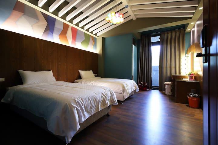 童心未泯1號經典雙人房(twin or Queen size) - Xincheng Township - Apartment