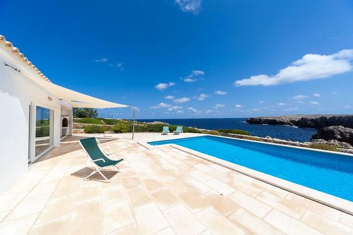 Ficula Nou Sea Frontline House - Es Mercadal - Villa