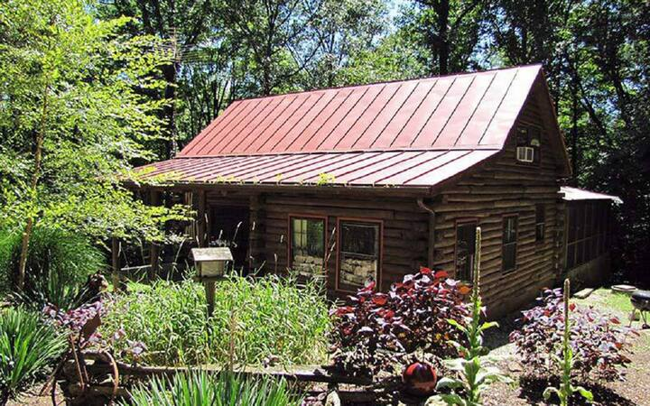 The Cabin in the Pines is the perfect secluded getaway!