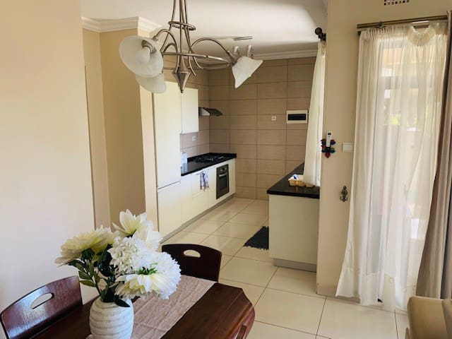 Peaceful 2 Bedroomed home in Roma Park