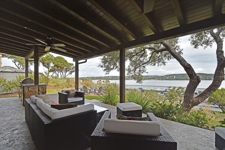 Lake Views on the Patio - Spicewood - House