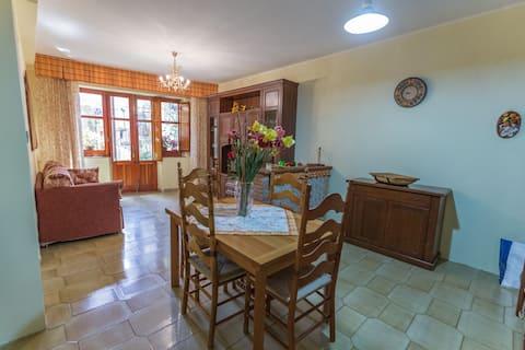 """Apartment """"u Bagghiu"""" in the Alcantara Valley"""