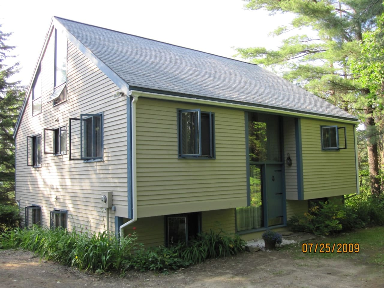 3 level home on Spruce Lake and 15 min to Mt. Snow with great view of the Deerfield Valley