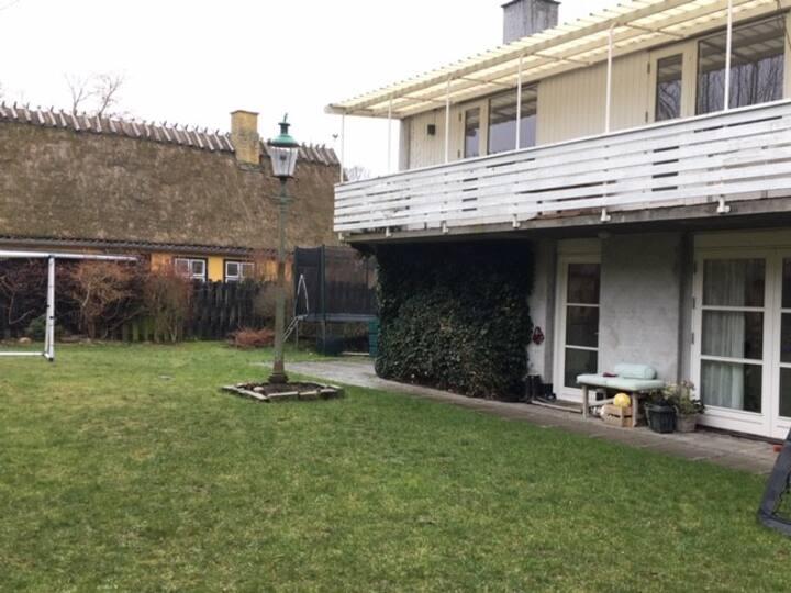 Hyggeligt hus til leje i Bondebyen, Lyngby