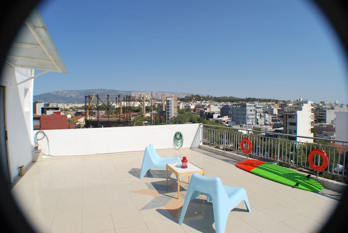 Downtown Loft with Panoramic Attica View - Athina - Departamento