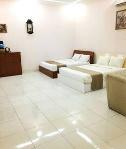 Thanh Nhan Quan 12 House