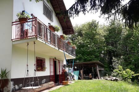 Casa nel Bosco vicino Salo*GardaLake Nature's Home