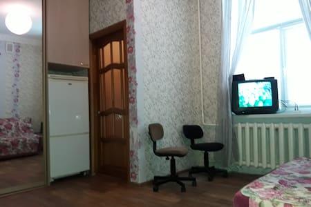 Уютная квартира для вас - Tolyatti - Departamento