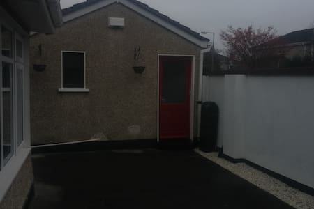 Studio apartment with seperate entrance - Dunboyne