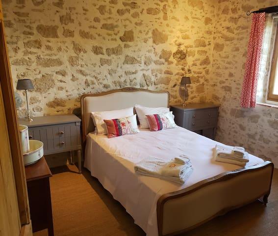 En Garric, beautiful home near the Black Mountains