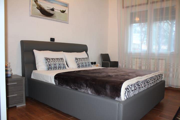 Gioia B&B : camera luminoso - Venice - Bed & Breakfast
