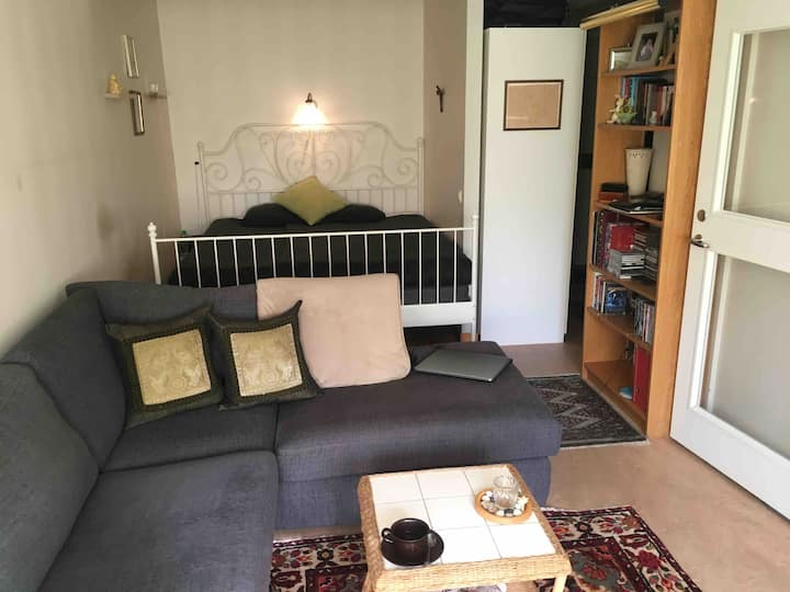 Comfortable double room 20 min outside Stockholm C