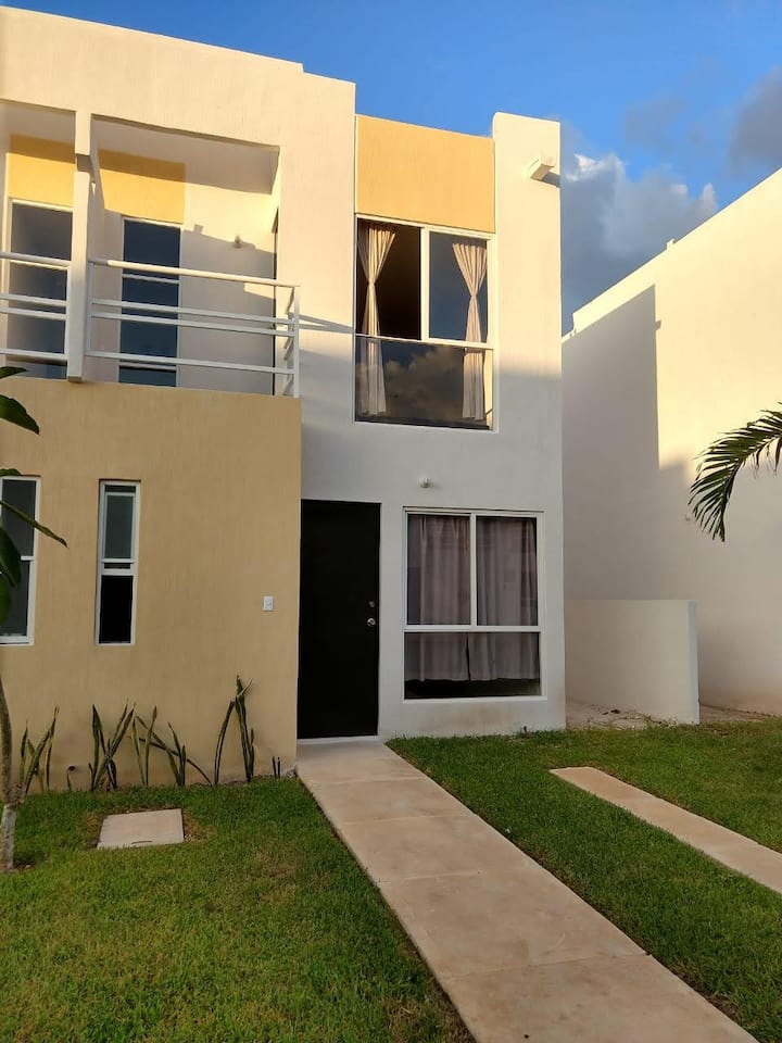 Hermosa Casa a minutos de la playa  2
