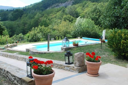 Wonderful private Villa Valmozzola - Valmozzola - Huis