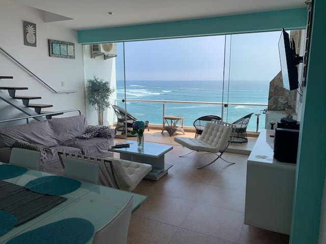 Ocean views from 3 floors Punta Hermosa w/ pool