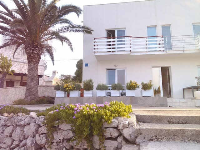 Azure Bay Apartments - The peaceful oasis 2 - Žman