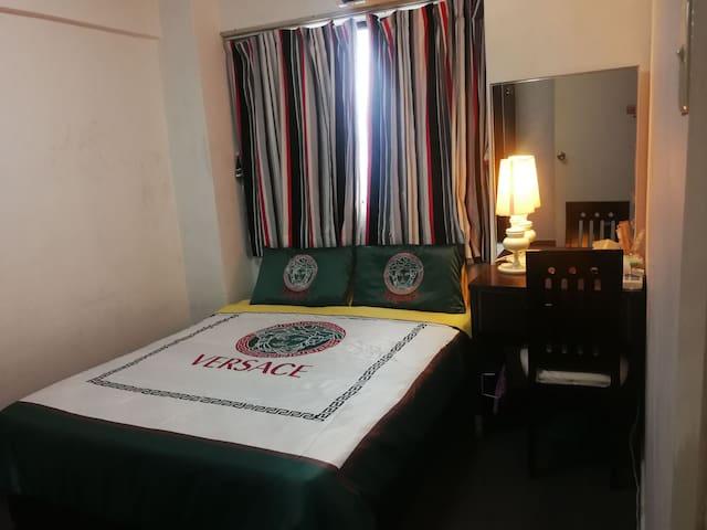 爱莲阁(三房两卫公寓套房中 独立的次卧室)