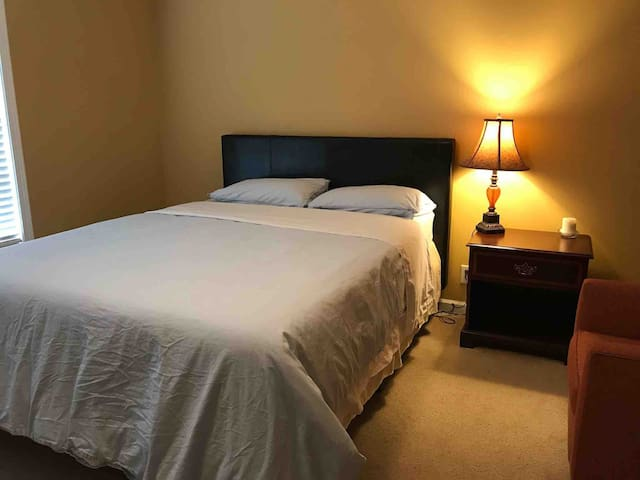 Comfortable economy bed room