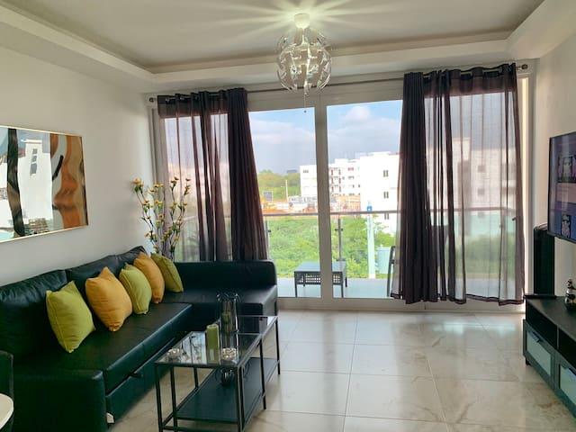 T&C Modern & Luxury & Convenient Condominium