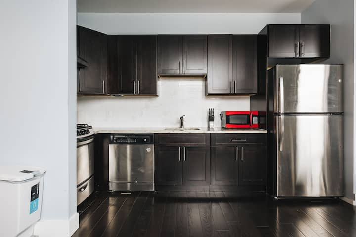 Brand New Apartment Stone's Throw From NYC