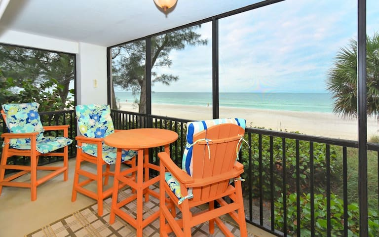 Paradise- Sits ON the sand - Bradenton Beach - Condominium